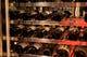 ワインセラーには、ソムリエが世界中から選び抜いたワインの数々