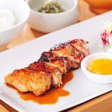 大山鶏たれ焼き定食 [卵黄付き]