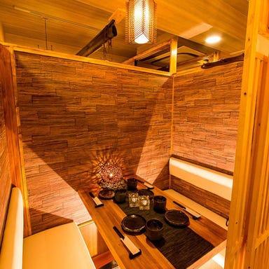 個室で味わう九州地鶏料理 吉蔵 ~YOSHIKURA~ 浦和店 店内の画像