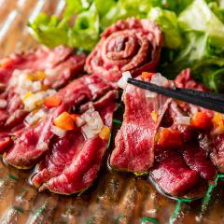 【黒毛和牛を堪能】A5ランク和牛の自家製ハンバーグや赤身ステーキが味わえる[全7品]