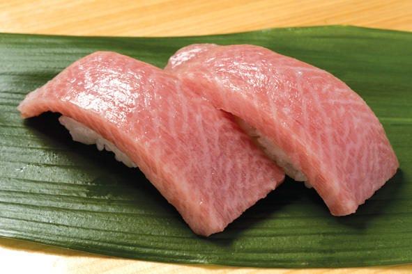 寿司食べ放題サービス 極上のネタを握ります!