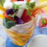 野菜もたくさん使用で 食器も可愛いものばかり♪
