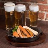 ビールによく合うお料理をお楽しみください!