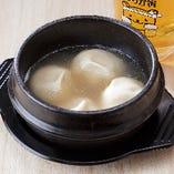 スープを吸ってモチモチな餃包(ギョウパオ)水餃子。体の芯から温まります