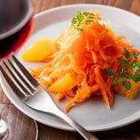 オレンジとニンジンのサラダ
