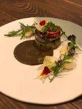 秋刀魚と焼きナスのガレット 百合根とブラックオリーブ
