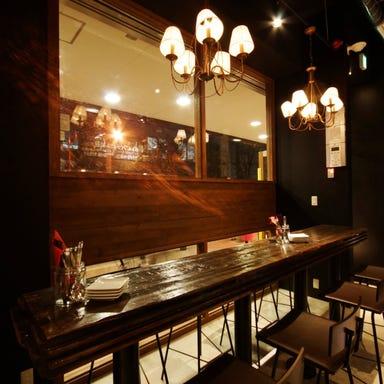炭火とワイン 京橋店  店内の画像