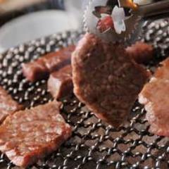 地元で愛される焼肉店「黄金の牛」