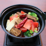 牛バラと旬野菜の鉄鍋