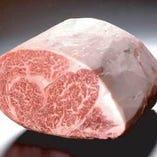お肉本来の美味しさを極限まで引き出した料理をリーズナブルに