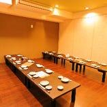 3階は完全個室のお座敷部屋となっているので、ごゆっくりとお過ごしいただけます。10〜18名様までご対応可能