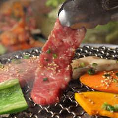毎日日替り6種肉半額 和牛炭火焼き 焼肉105 人形町