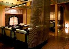 桃山文化の華やかさを湛えた邸宅空間