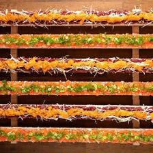 メディアで話題のロングユッケ寿司
