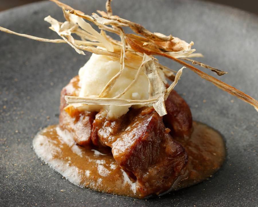 ■島根県隠岐島の食材を使用した料理