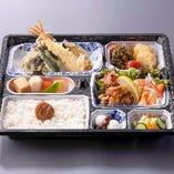 『天ぷら弁当』 1,296円