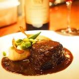 スペシャルランチ  牛ほほ肉の赤ワイン煮込み