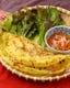 バインセオ~ココナッツ風味の皮、中身は、お肉、海老、野菜。