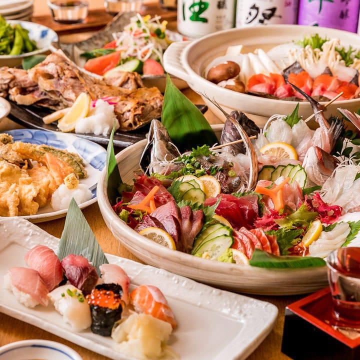 各種宴会に大活躍の2時間飲み放題付コースは4,000円からご用意