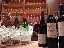 常時10種類以上のグラスワイン!