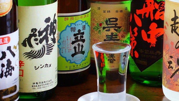 常時約10種類の地酒をご用意