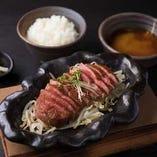 『神戸ビーフ』上霜降りステーキ