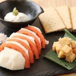 お蕎麦以外にも信州の食材を使用した逸品料理をご用意