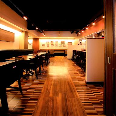 伊丹 肉酒場 肉ばっかやん ~肉baccaやん~ 店内の画像