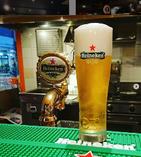 クラフトビールを種類豊富に取り揃えております。
