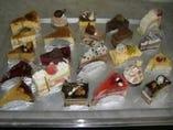 自家製ケーキ 業者向けの大口も全国発送いたします