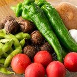 提携農園から朝採れたての無農薬野菜を直送!!素材に自信あり