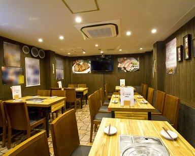 サムギョプサル 韓国料理専門店 さらんばん 店内の画像