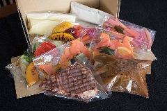 バラエティセット(2名様向き)メインのお肉を2種お選びいただけます。