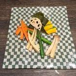 季節野菜の昆布〆(人気上位)昆布と野菜の絶妙なハーモニー