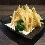 富山湾の宝石と呼ばれる白えびの天ぷら 絶妙な甘みを堪能