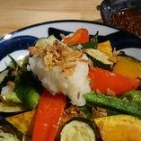 お野菜たっぷり「みぞれサラダ」