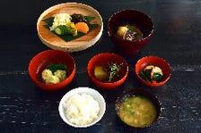 味覚・視覚で楽しめる日本食