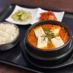 韓国料理 オモニキッチン