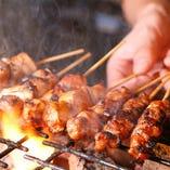 【熟練の技】 匠の技で焼き上げる絶品焼き鳥は必食!