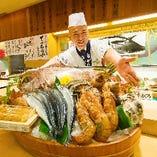 徹底した管理で2~3kgにまで大切に育てる「がんこ鯛」も名物