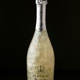 光るスパークリングワイン!マバムグラシア