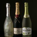 独自の仕入れルートにより、希少なシャンパンやお酒を入荷しております。