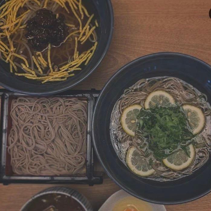 北海道産の蕎麦粉100%の十割蕎麦♪