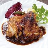 美桜鶏(みおうどり)もも肉のディアヴォラ風 ローズマリー&バルサミコのピリ辛ソース
