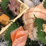 【海の恵みたっぷり】 新鮮な魚介を存分に使った料理をどうぞ