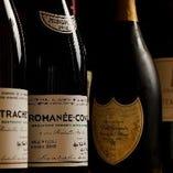 フランスを中心に世界中のワインを取り揃えてます。