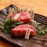 【特選肉】 味と鮮度にこだわり選りすぐった上質肉をご提供