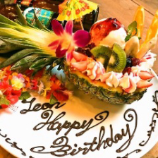 横浜のハワイアンバルで記念日お祝い