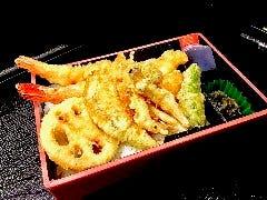 大海老と旬野菜の天丼弁当