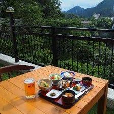 極上の景色とお料理で至福のひととき